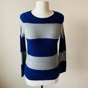 C By Bloomingdales Cashmere Sweater Sz XS